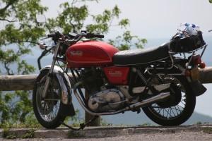 Guided motorcycle tours , Classic Bike Esprit, ST Rémy de Provence